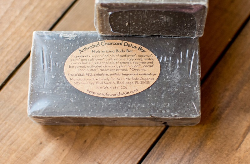 ACTIVATED CHARCOAL DETOX BAR